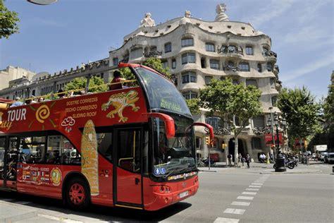 barcelona hop on hop off barcelona city tour hop on hop off