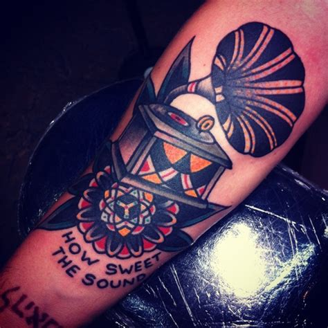 phonograph tattoo 1000 images about phonograph tattoos on