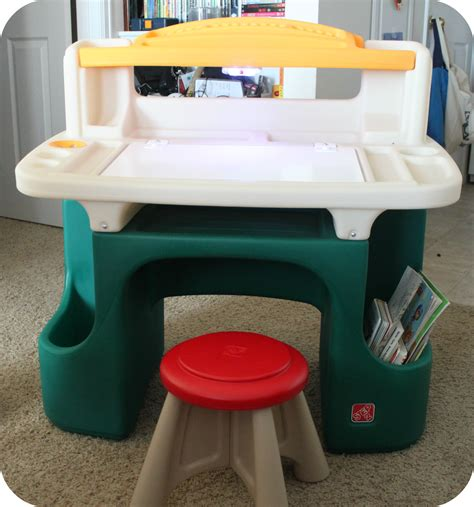step2 deluxe art master desk with chair toys r us desk hostgarcia