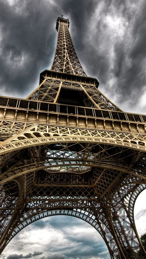 eiffel wallpaper for iphone 5 wallpapershdview com paris hd wallpapers for iphone 5s
