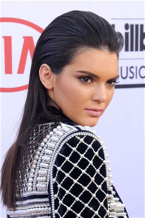 red carpet hairstyle: the slicked back wet hair look