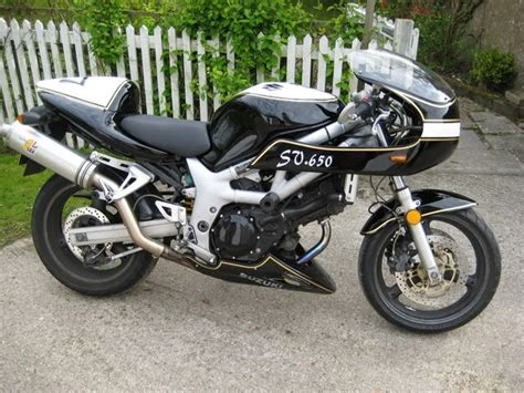 Suzuki Sv650 Race Fairing A Suzuki Sv 650 Quot Quot Bike With A Half Fairing Some