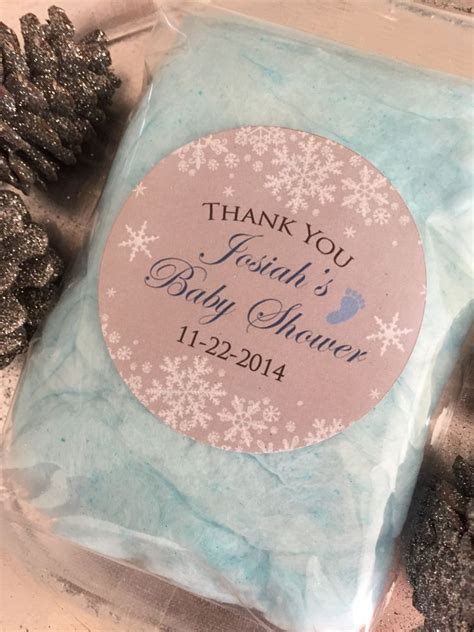 Cotton Baby Shower Favors by Best 25 Snowflake Baby Shower Ideas On Winter