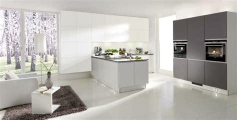 teppich küche grau k 252 che grau wei 223 dockarm