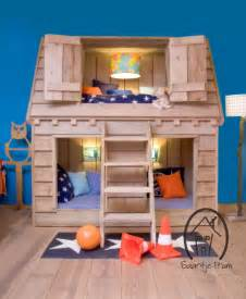 bunk beds for and boy 10 fabulous boys house beds decoholic