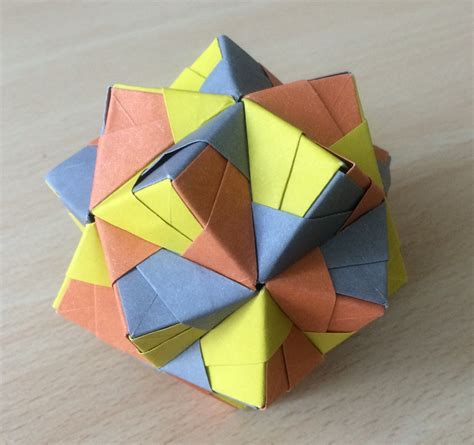 Origami Paper Weight - modular origami polypompholyx