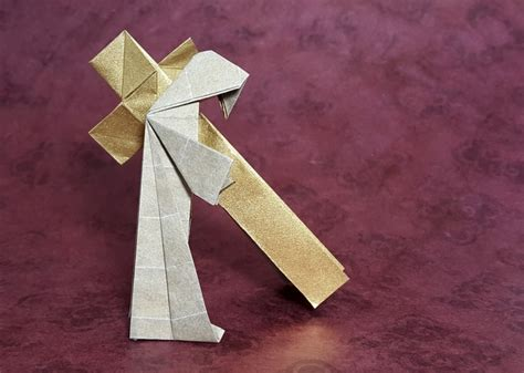 Origami Database - to calvary jesus carrying cross neal elias gilad s