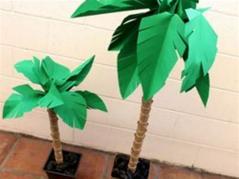 How Do They Make Paper Out Of Trees - how to make palm leaves out of paper paper palm trees