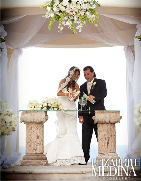 wedding traditions sand pouring ceremony wedding unity sand ceremony archives weddings romantique
