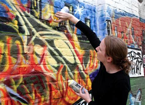 graffiti mural workshops  street art paris
