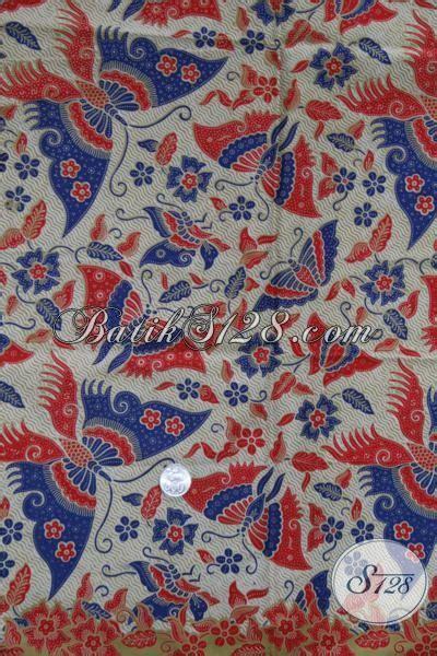 Kain Batik Halus Motif Kupu Ranting Biru Bahan Batik Pekalongan batik motif kupu paduan warna merah dan biru k1243p