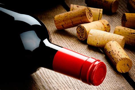 manualidades con corchos de botellas de vino youtube laras con botellas de vino botella de vino rojo con el