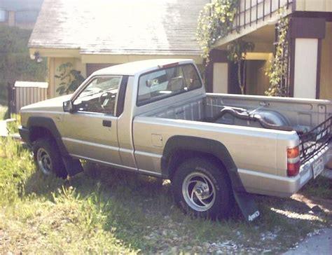 hayes car manuals 1994 mitsubishi mighty max macro auto manual service manual installing a 1994 mitsubishi mighty max macro timing belt tensioner service