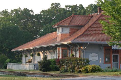 lavonia ga train depot photo picture image georgia
