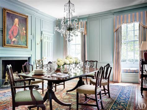 Georgian Dining Room Lighting See How Mariette Himes Gomez Decorates The Oldest House In