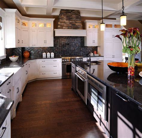Kitchen With Black Countertops And White Cabinets by White Kitchen Cabinets With Black Granite Countertops