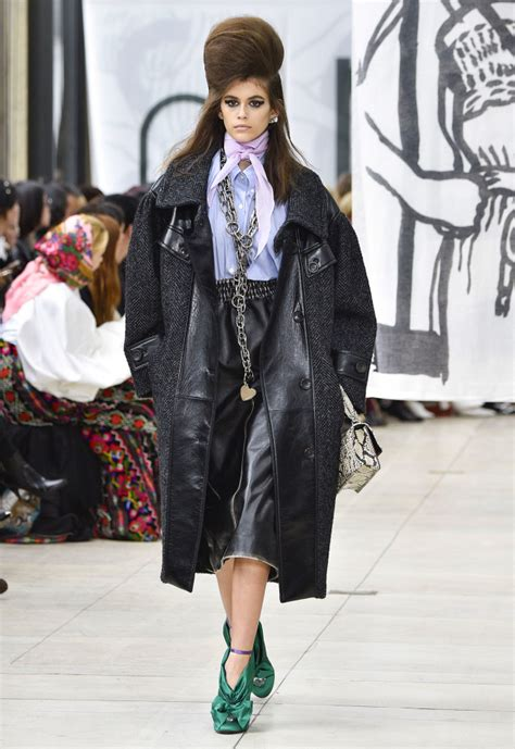 Pasal Kaia every kaia gerber runway moment from 2018 s fashion month