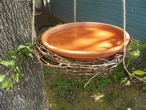comfy cuisine easy grapevine wreath birdbath