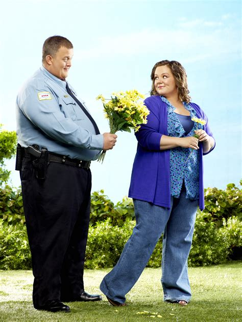 on mike and molly mike molly mccarthy photo 34580144 fanpop