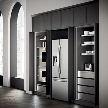armadio per cucina il fascino discreto di un armadio in cucina magazine