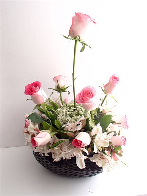 arreglo floral para podium arreglos florales artesanales para fiesta centros de mesa