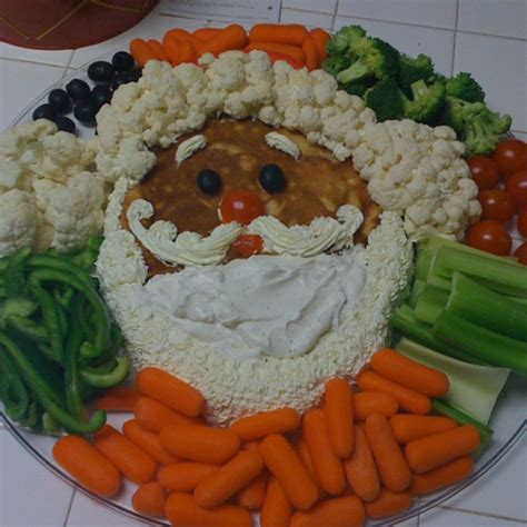 vegetable santa claus platter santa veggie tray food trays and pictures