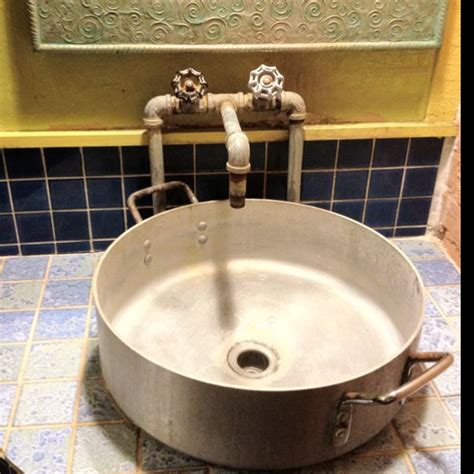 Restaurant Bathroom Sinks by 17 Best Images About Restaurant Bathroom Ideas On