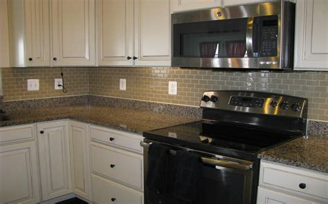 Install Kitchen Backsplash How To Install Kitchen Backsplash Subway Tile Subway Tile Stainless Steel Subway Tile