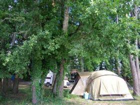 Camping à La Ferme Lou Tuquet in Fonroque, Dordogne.   Camping Frankrijk.nl