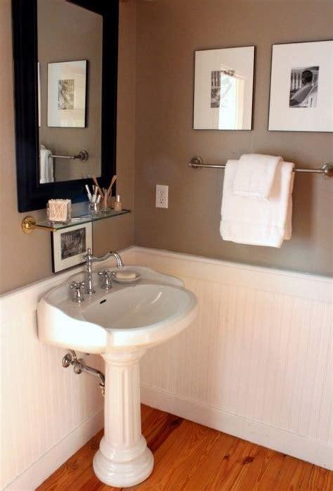 beadboard height bathroom 17 best ideas about small half baths on small