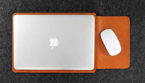 Karet Pelindung Keyboard Laptop cover macbook kulit sleeve pelindung macbook dengan desain slim simple