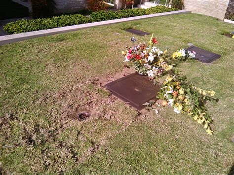 George Finder George Barris 1925 2015 Find A Grave Photos