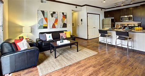 one bedroom apartments near ut austin texan and vintage west cus student housing austin tx