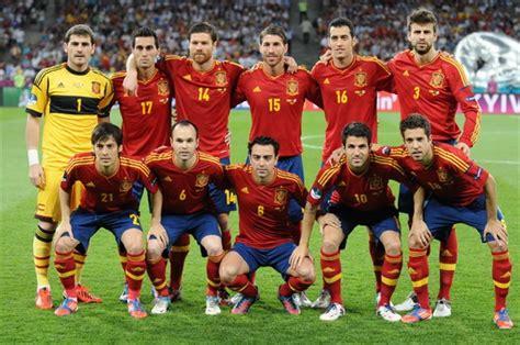 spanish football team euro 2012 file spain national football team euro 2012 final jpg