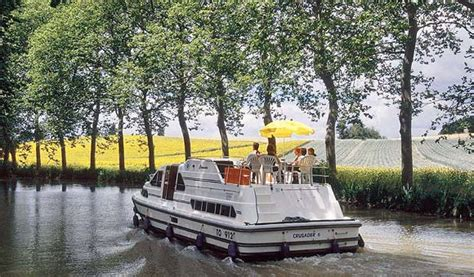 bluewater canal boats boating holidays in europe blue water holidays