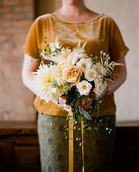 fall flowers for wedding fall wedding flower ideas once wed