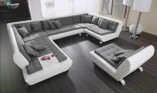 roller de wohnzimmer polstermoebel elegante wohnlandschaften gestaltung installation ideen