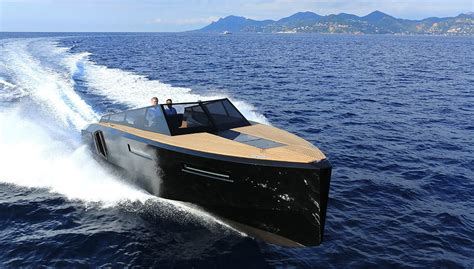 yacht design magazine italy evo yachts designs the evo 43 shape shifting italian cruiser