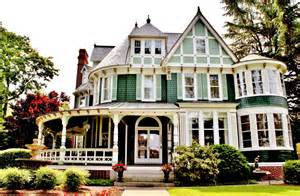 historic homes for is buying a historic home right for you zillow porchlight