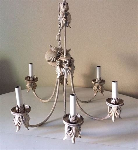 wäschekorb shabby chic shabby chic chandelier household in bellevue wa offerup