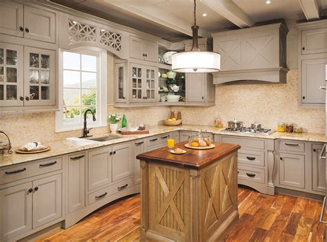view all kitchen cabinets from the wellborn cabinet collection