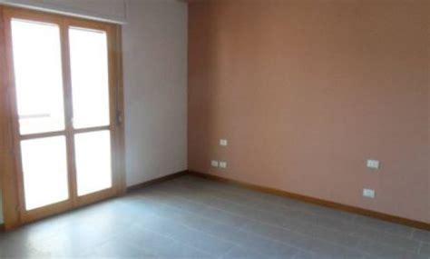 appartamenti arredati in affitto a roma appartamento in affitto vuoto oppure arredato il