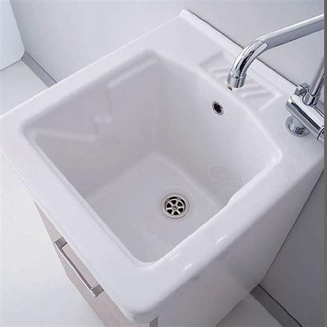 lavelle per lavanderia casa immobiliare accessori vasca lavatoio
