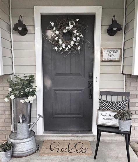 unique apartment small porch decorating ideas