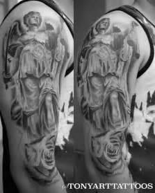 40 incredible justice tattoos