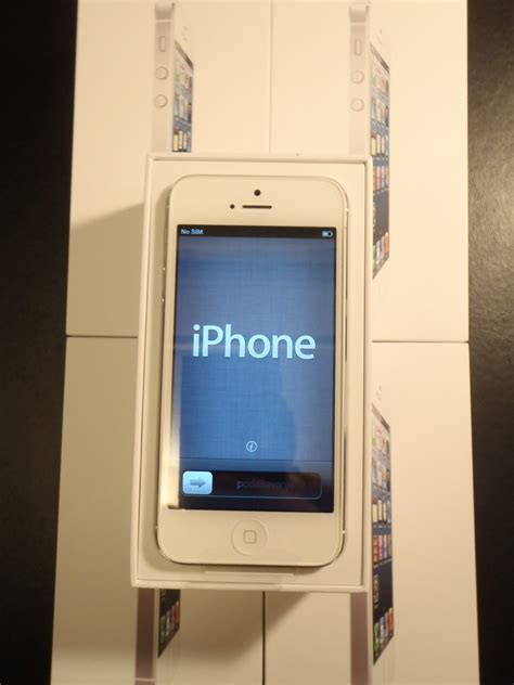 Apple Iphone 5 64 Gb White apple iphone 5 64gb white nairobi seekkenya