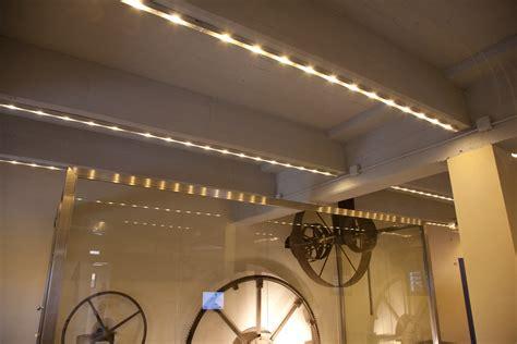 travi in legno per soffitto illuminazione travi legno yz59 187 regardsdefemmes