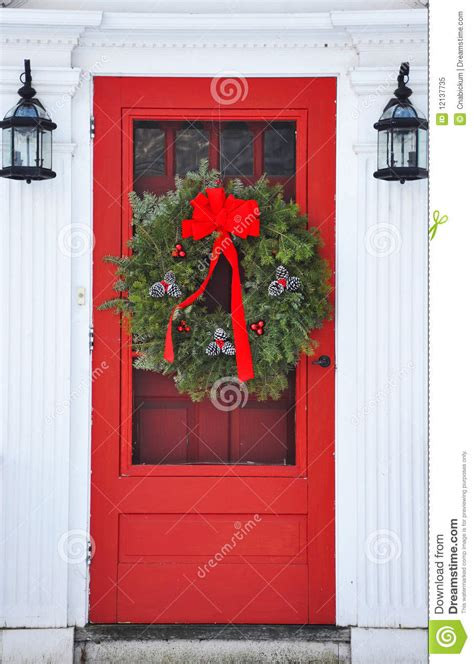 wreath  red front door stock image image  holiday