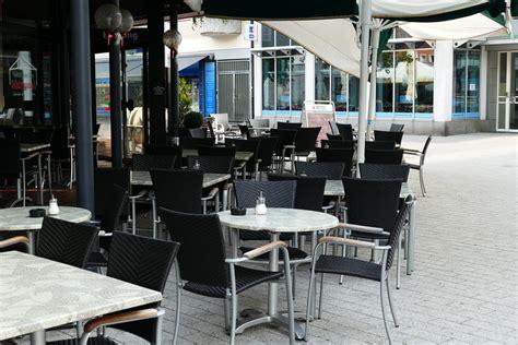 contoh desain cafe outdoor beberapa contoh desain taman cafe terbaru biyanbbs com