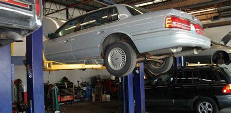Lolos Garage by Auto Repair Derry Nh Garage